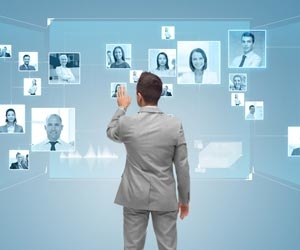 Recruiter selecting job candidates based on social profiles